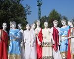Живые куклы и статуи
