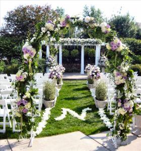 Художественное оформление свадебного торжества в саду